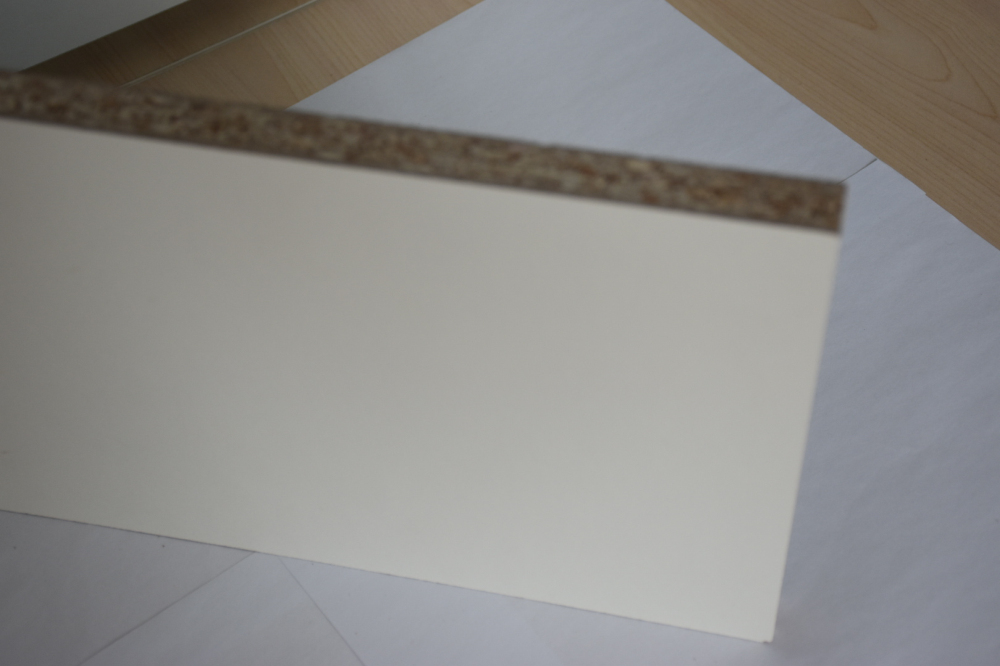 High Quality 8-38mm Particle Board/Chipboard/Flakeboard/Particleboard for Furniture