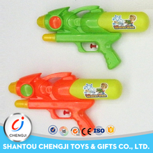 Eco-friendly shooting summer cheap kids plastic toy paint water guns