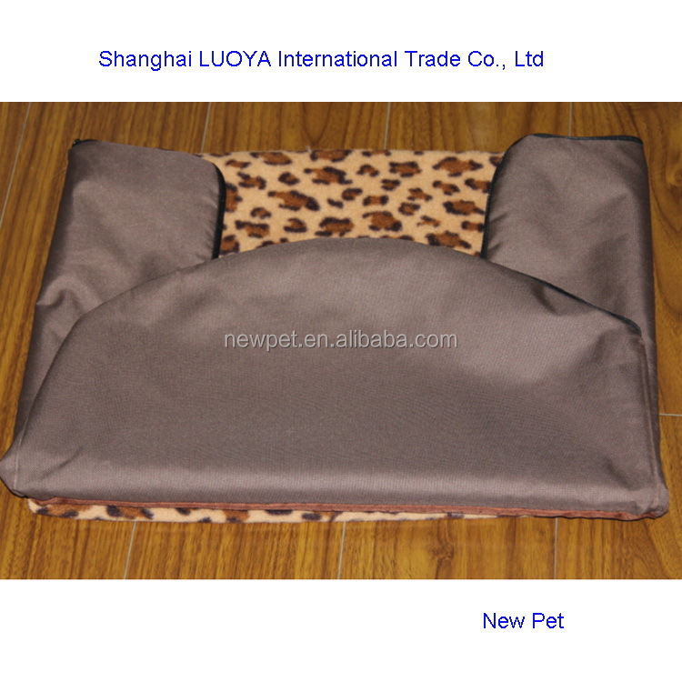 Good feature fashion design soft detachable pet sofa cool pet house for large dogs