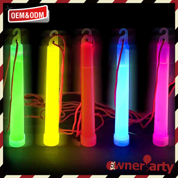 Professional manufacture 6 inch glow stick with hook
