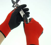 wholesales high quality refinery / iron-works latex palm coated safety glove