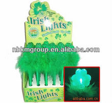 flashing St. Patrick's shamrock feather pen