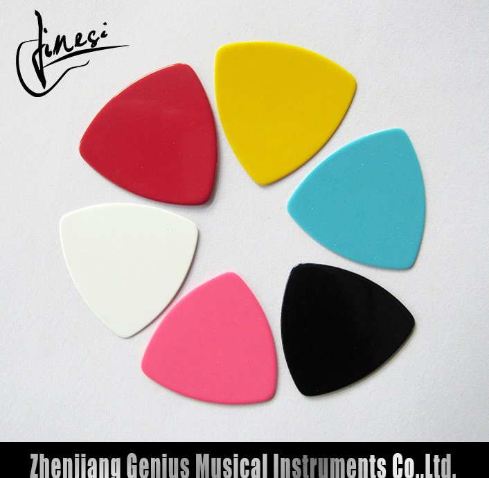 Quality Assurance Small Guitar Picks with Factory Price