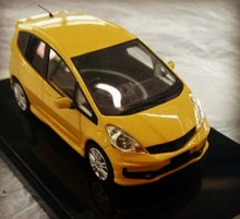 Beautiful design 1: 64 diecast scale model car from China
