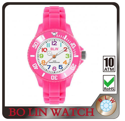 Customized Logo fashion sport silicone world cup promotion wrist watch