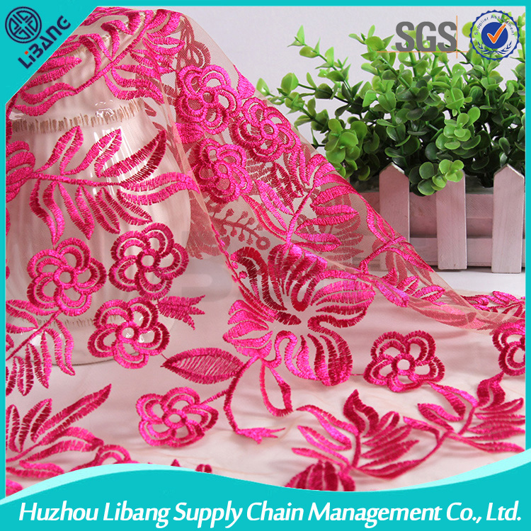 China supplier good flower design fancy embroidery net fabric organza fabric