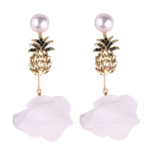 Fashion Jewelry Pineapple Shaped Simulated Pearls Hot Stud Earrings