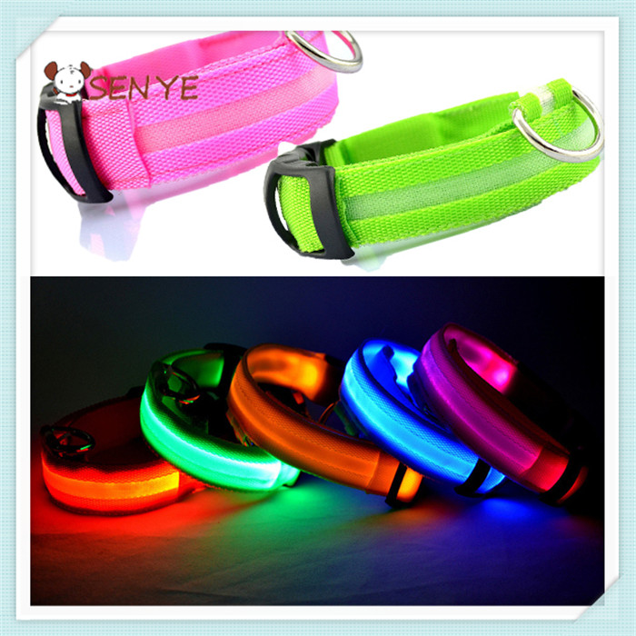 LED Nylon Pet Dog Cat Collar Night Safety LED Light-up Flashing Glow in the Dark Lighted Dog Collar