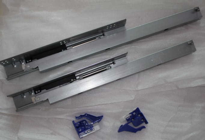 China Factory Hardware Quality Single Extension Drawer Slide