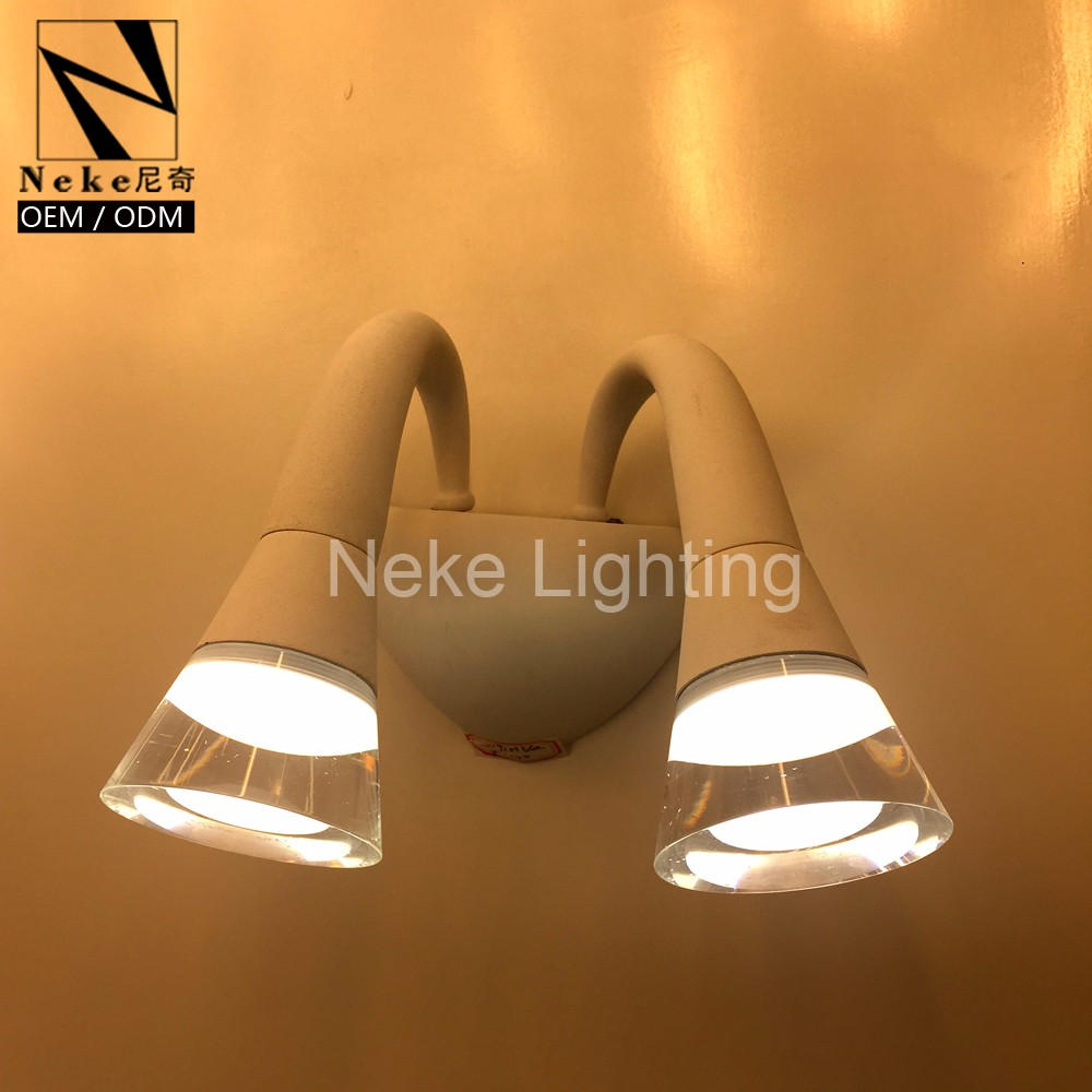 Modern style horn shape iron led vanity light fixtures