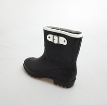 New Fashion Ladies boots, rainboots with waterprrof,half boot