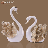 good quality polyresin swan figurine for new house decor
