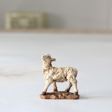 Polyresin Antique Nativity Household European Christian Religious Resin Statues Sheep Animal Decoration Crafts Gif
