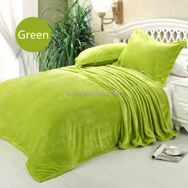 Eco-friendly Comfortable Soft Blanket Micro Fleece Bedding Set