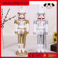 2015 christmas gift,wood soldier nutcracker,resin statue
