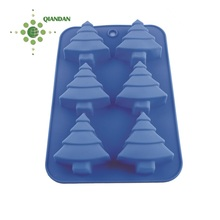 Durable and washable Christmas tree silicone cupcakes,muffin silicone baking cake mold