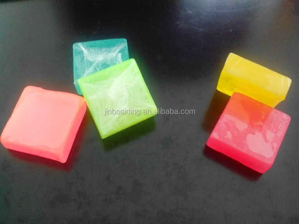 Transparent whitening soap
