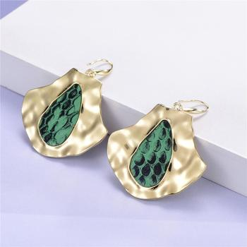 alloy simple personality earrings leopard wholesale twisted hole green inlaid earrings jewelry