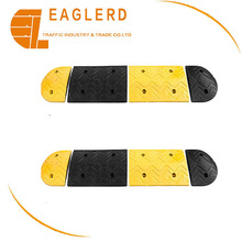 Traffic Yellow and black Road Safety Rubber Speed Bumps