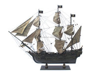 Wooden tallship model pirate of the caribbean seaworn antique rustic ship model 2017