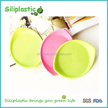 Leaf shaped green pink grey black silicone party coaster