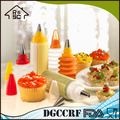 LGFB/FDA 5pcs Cake Squeeze Decorating Tools,Plastic Decorating Cake Tools,Cake Decorate Set