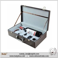 Custom Luxury Leather Wine Carrier Set