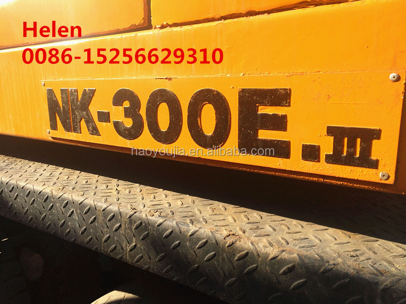 Manual Kato 30 ton NK-300E cranes made in Japan for sale in cheap price with diesel engine