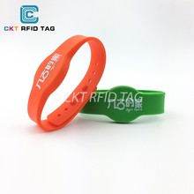 Custom LOGO Printing NTAG213 Adjustable NFC Silicone Wristband for Access Control