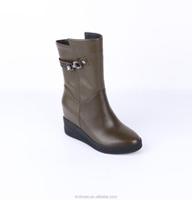Wholesale wedge italian cheap women boots ladies casual shoes made in genuine leather