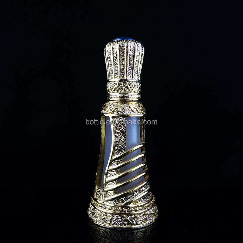 2015 hot new product well decorated arabian style antique perfume bottle for perfume oil