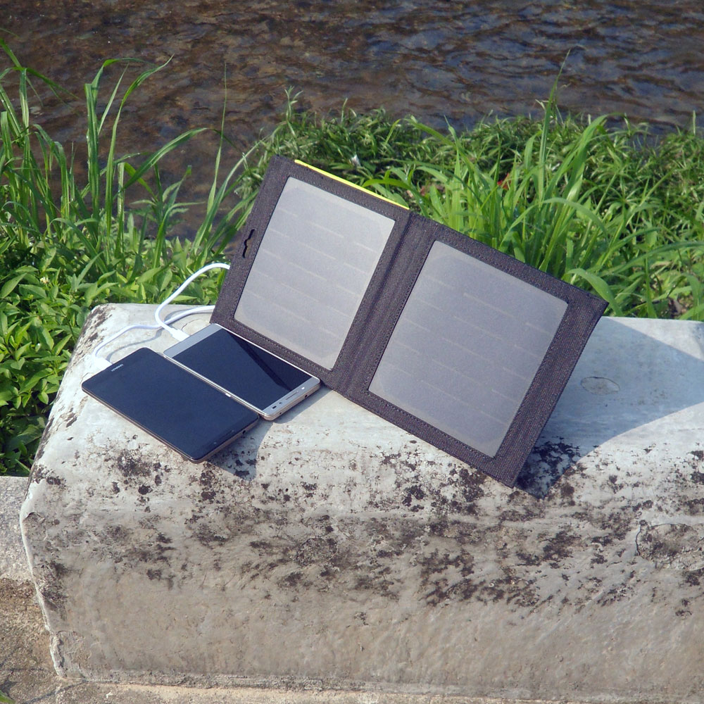 Portable Small Size Folding Solar Charger 7 Watts Solar Power Bag for Phone