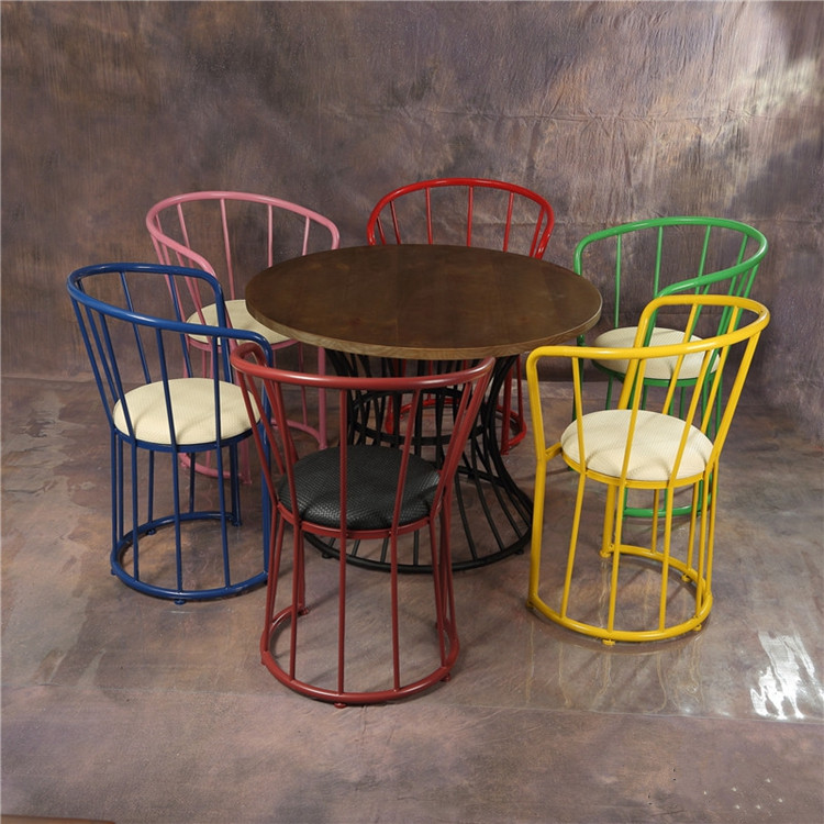 Foshan manufacturer custom made wrought iron bar restaurant furniture