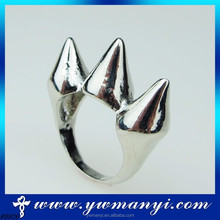 Latest vintage trendy Australia hot sale strange shape men designer finger rings wholesale fashion jewelry R0826