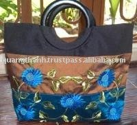 hand embroidery handbag