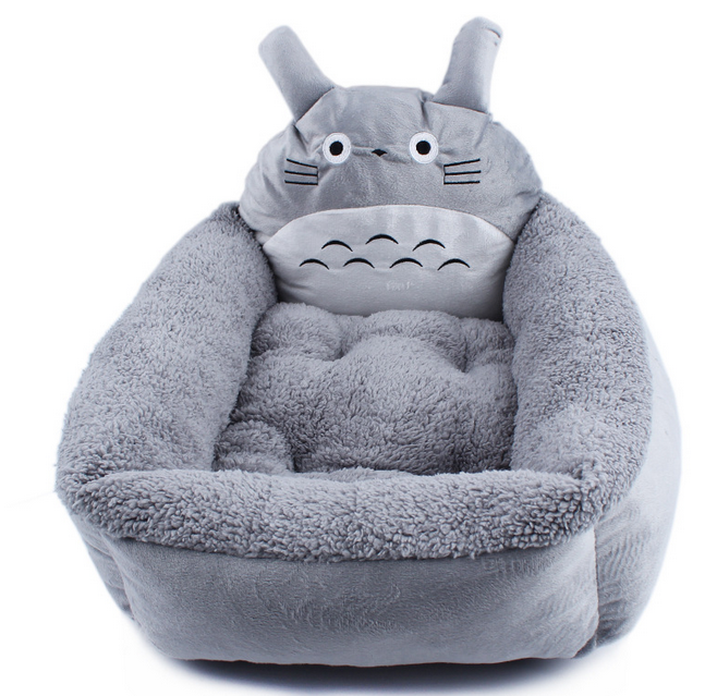Wholesale Cute Totoro Cartoon Short Plush Pet Bed, Warm Animal Shaped Pet Dog Sleeping Nest, Luxruy Pet Bedding