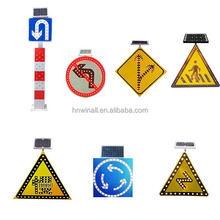 Hot sale LED solar pedestrian crossing sign