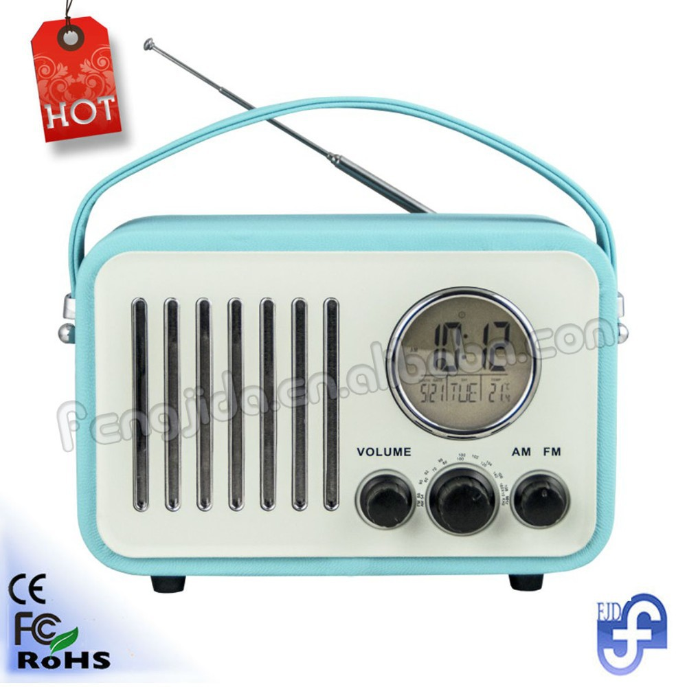 retro radio with USB SD card