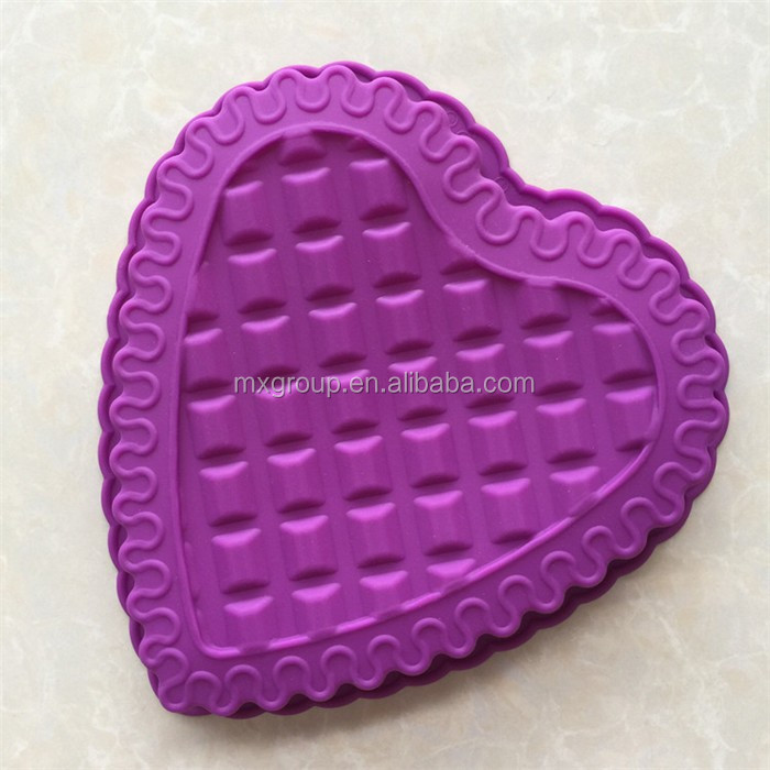 Non-toxic cheap price top selling in halloween heart lid silicone baking mold