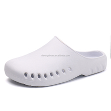 Slip On Casual Garden Clogs Waterproof Crocus Shoes Women Classic Nursing Clogs Hospital Women Work Medical Sandals