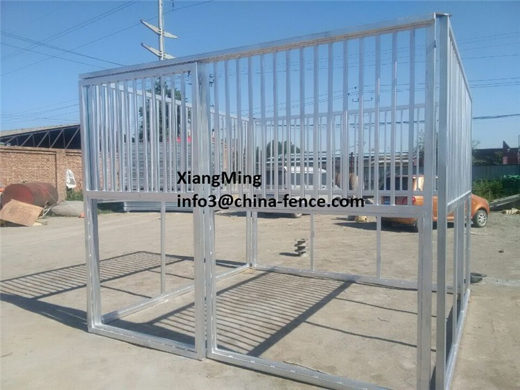 livestock corral yard fence panel / cattle horse sheep goat panels with gate / horse stable for sale China