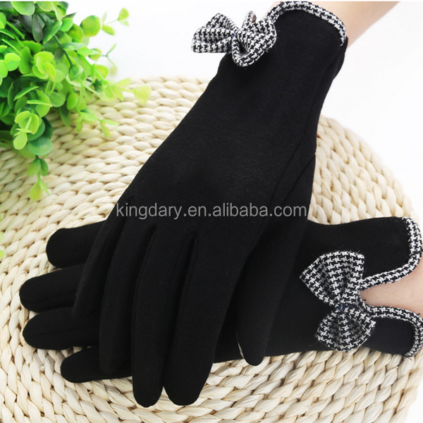 New Style Black Not Velvet Ladies' Gloves Back With Small Butterfly