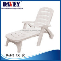 2014 new wholesale the most fashionable Folding plastic sand beach chair.