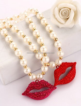 Fashion latest design red lips mouth big pearl pendant necklace