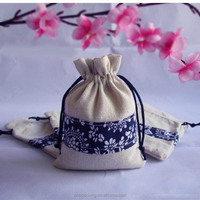 Small MOQ Natural Hessian Drawstring Bag Jute with Beautiful Decoration Printed Fabric