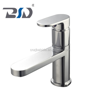 Contemporary Design Single Handle Control Basin Faucet Swiving Spout Extension