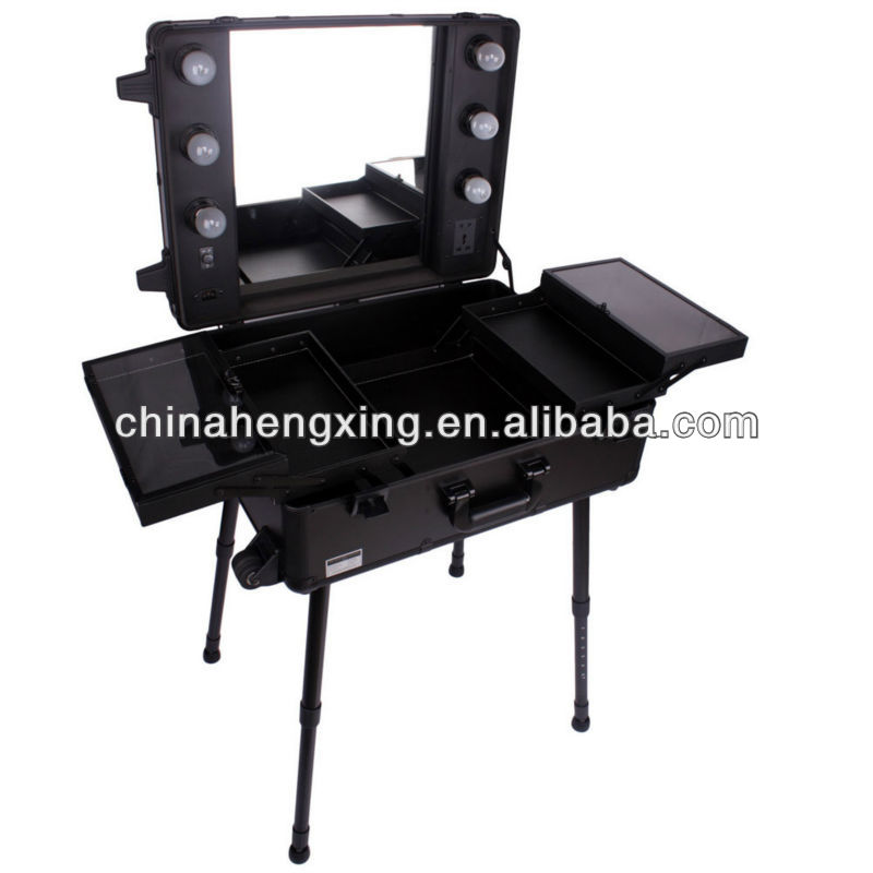 Aluminium trolley cosmetic case with light with mirror