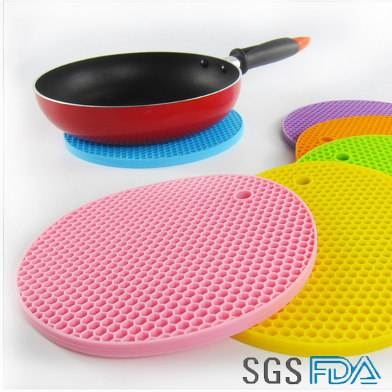Kitchen Tableware Heat Resisting Silicone Grill Mat Pot Holders Table Place Mat