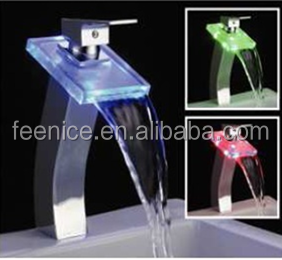Hot Sale Glass LED Waterfall Faucets FNF32041H