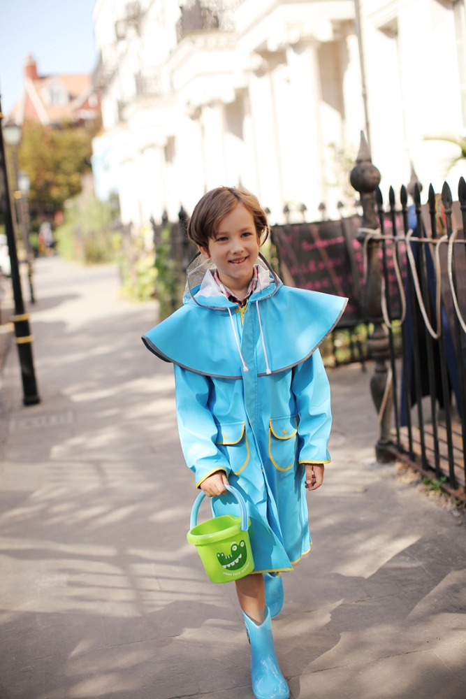 OEM/ODM Customized Logo Printed Top Quality PU children raincoat suit